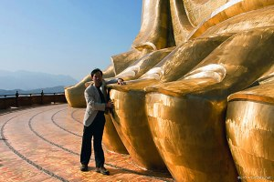 spring temple buddha statue dumb questions toes